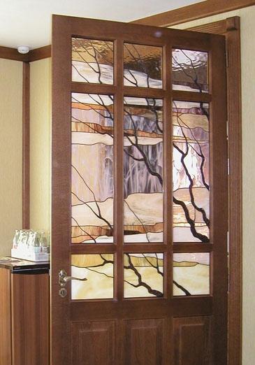 Как затонировать стекло на двери